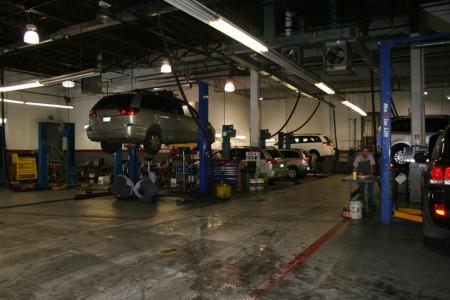 Bay Ridge Toyota 汽车专卖店