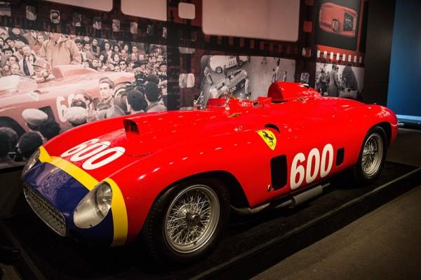 顶级豪华古董车 纽约苏富比拍卖